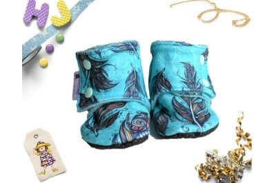 Click to order 9-12m Fleece Stay on Booties Feathers Fleece now